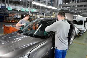 datsun seriya10 300x199 Японский седан Datsun on DO выходит на российский рынок