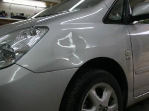 306  300x225 Как исправить вмятины на кузове машины самому