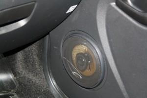 Динамики в передние двери Гранта 1 300x200 Установка динамиков в передние и задние двери на Datsun on Do и mi Do