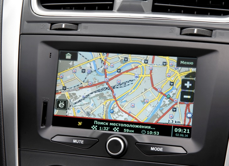 4 new datsun mi DO 2014 2015 interior navigation Хэтчбек Datsun mi Do   фото, видео, тест драйв, отзывы