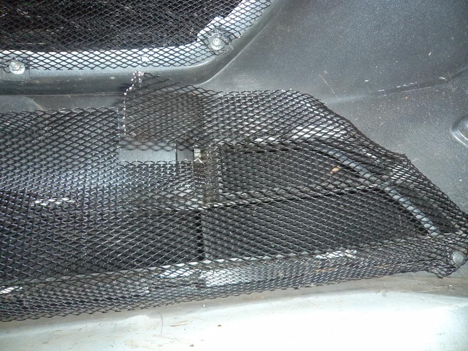 441044es 960 Ставим защитную сетку радиатора на Датсун он До и ми До